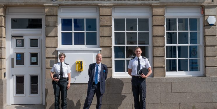 Neighbourhood Sergeant Katie Maun, PCC Mark Shelford and ACC Jon Reilly